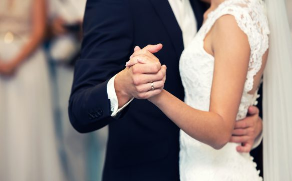 8 of the cutest things grooms have done for their brides