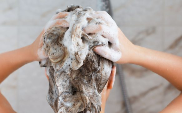 How to wash your hair to get the best results