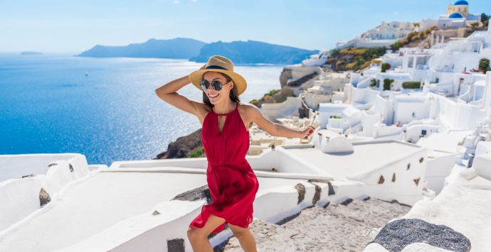 Tips to stay stylish while travelling