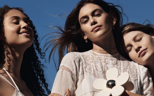 Kaia Gerber is the new face of Marc Jacobs Daisy campaign