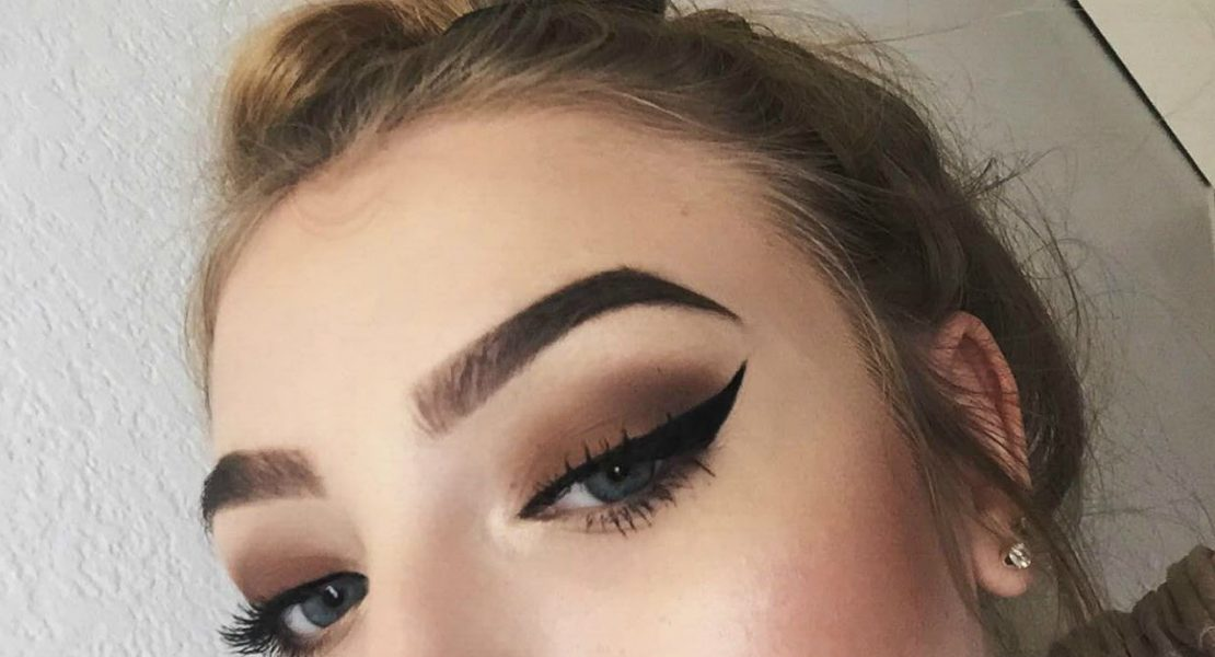 (Eyebrow) stamp of approval