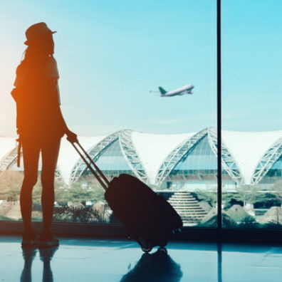 9 Clothing Tips For Long Haul Flights
