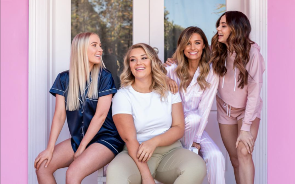 Lauren Curtis Releases Sleep Wear Range