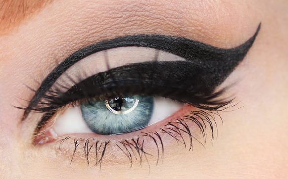 8 Eyeliner Looks To Get Your Creative Juices Flowing