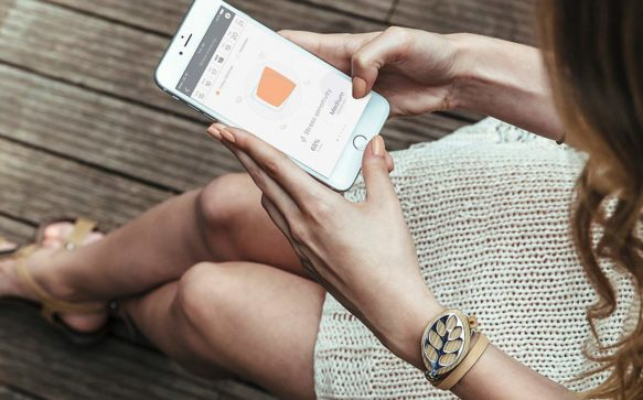 BellaBeat. The Holistic Wellness Tracker That Syncs Your Body & Mind