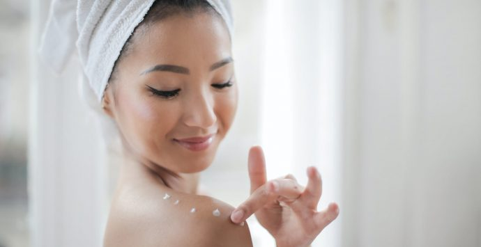How to Naturally Prevent Premature Skin Ageing