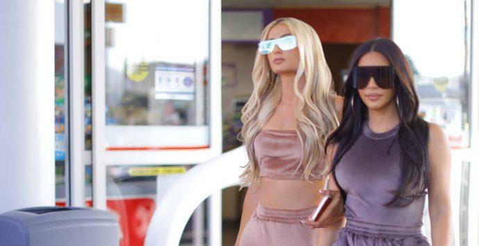 The velour tracksuit is back, thanks to Kim Kardashian West And Paris Hilton