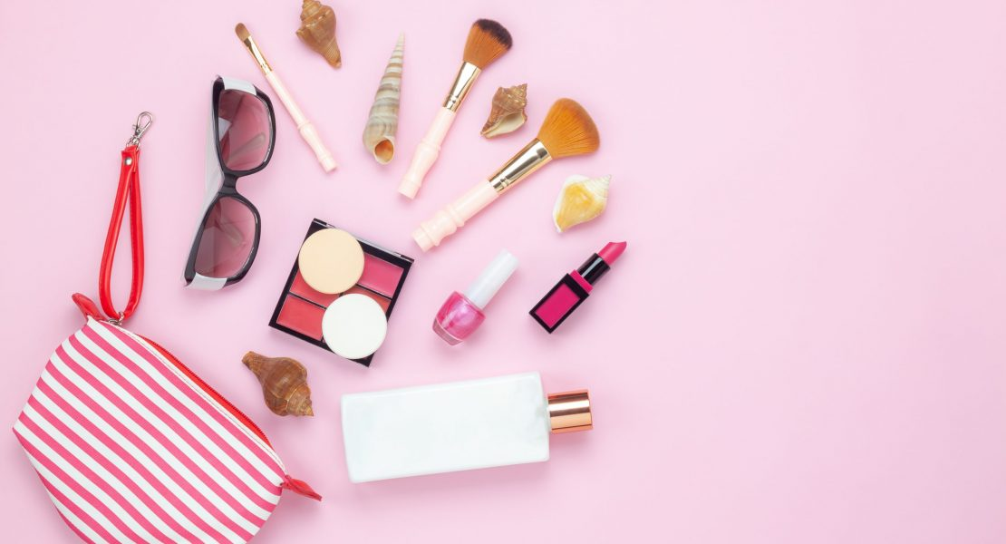 Skincare Specialist Reveals How Often We Should Be Washing And Replacing Our Makeup Tools